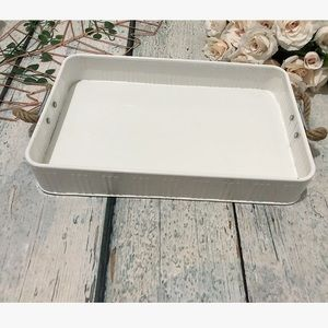 PC Metal serving tray picnic camping party white